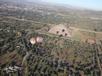 Flight through the pyramids of Teotihuacan