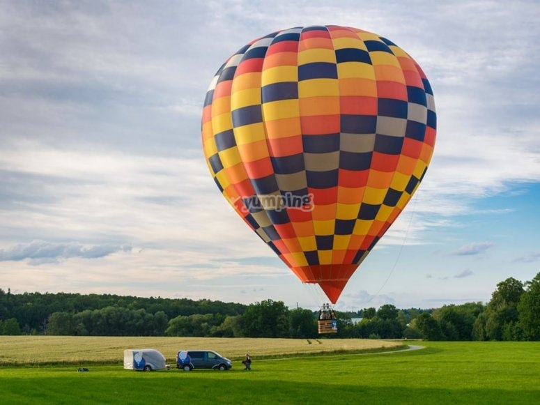 Balloon prepared for takeoff