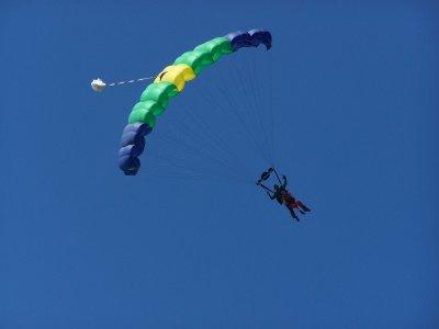 Skydiving in Cuernavaca from 13,000 feet