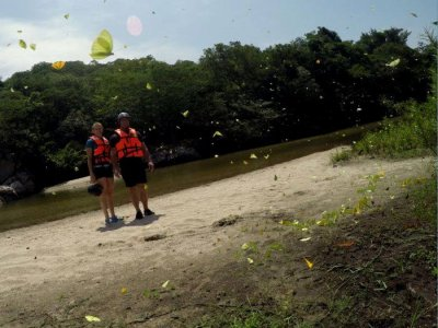 Tour to archaeological park and bays of Huatulco