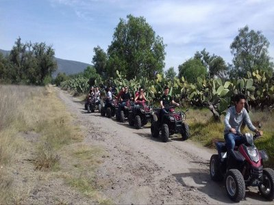 Quad route through Teotihuacan