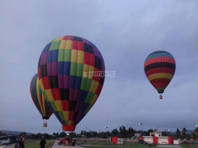 Simultaneous balloon flights