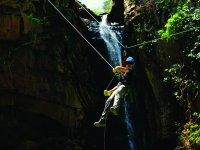Cruzando las cascadas