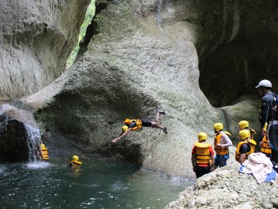 Canyoning in Jalcomulco.