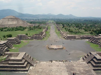 Exciting balloon flight in Teotihuacan