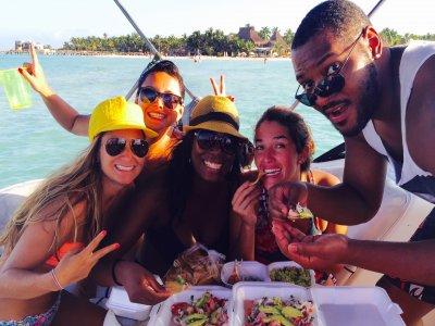 Pesca Deportiva Offshore y bebidas en Cancún 6 h