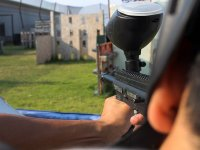 Aiming with the paintball guns in Puebla