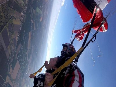 Aeropingüi Paracaidismo