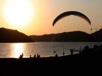 Sunset in paragliding
