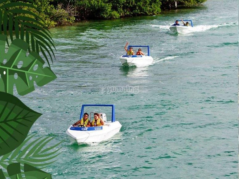 Speedboats in Cancun
