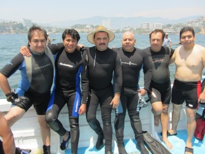 Scuba diving in Acapulco + accommodation