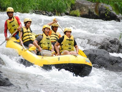 Rafting level II in Copalita River 2 hours