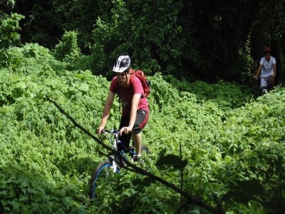 Mountain cycling in the jungle of Huatulco