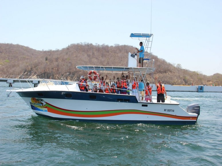 Paseo en bote por huatulco