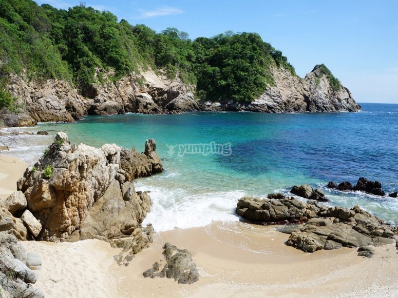 Get to know the Huatulco bay