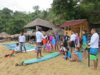 Instructores expertos en surf