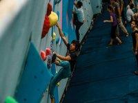 Climbing in Memento