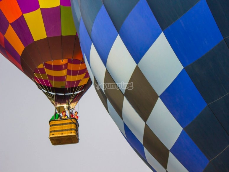 shared balloon flight