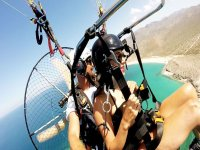 20-25 min paramotor flight in La Paz