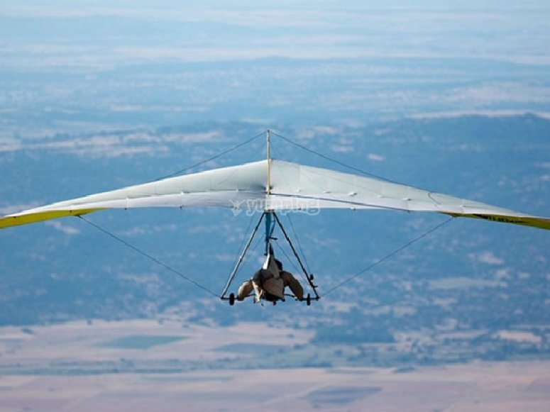 Hang gliding through the heights
