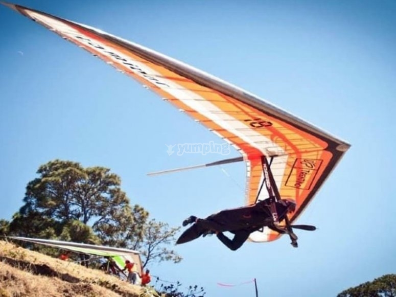 Hang gliding clearing