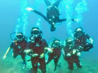 Scuba diving in Zihuatanejo with 2 tanks.
