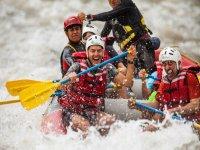 Adrenalina de rafting