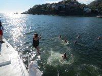 Nadando con el snorkel