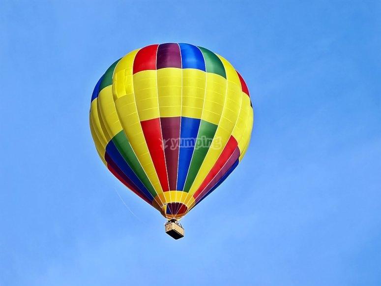Disfruta del vuelo en globo
