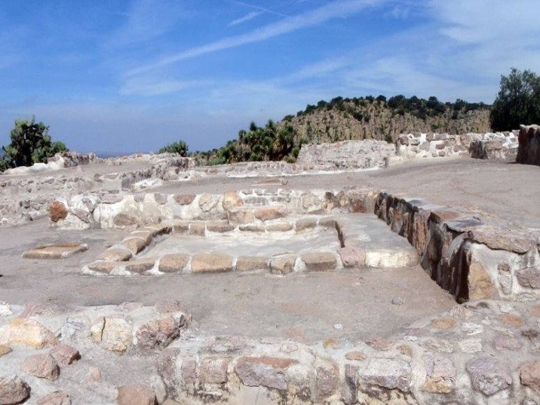 Discover the archeological ruins
