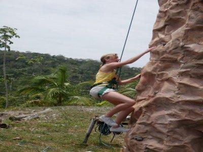 Mayan World Adventures Escalada