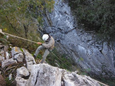 Laberinto Canyon doing rappel