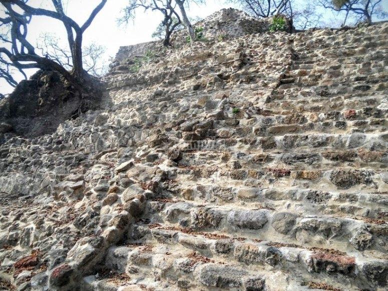 Zona arqueologica de tlayacapan