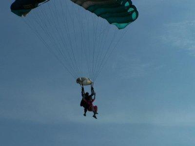 Parachute jump in Cuernavaca 13,000 feet
