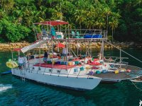 Catamaran sailing in San Blas
