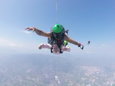 Skydiving jump in Celaya with 2 cameras