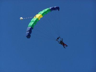 Parachuting jump in Cuernavaca with photos