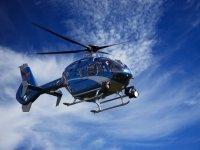 Salto en paracaídas y vuelo en helicóptero Teques