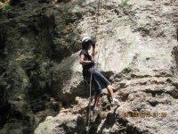 Descent vertical walls