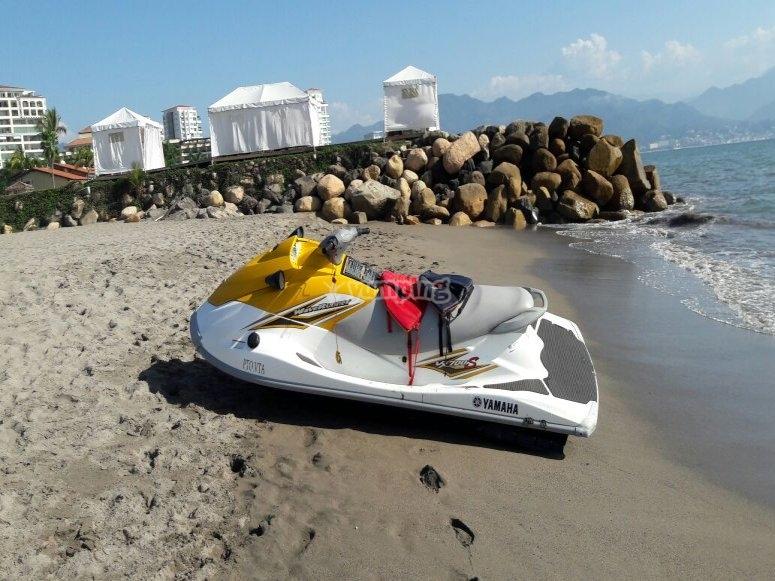Diversion en la moto acuatica