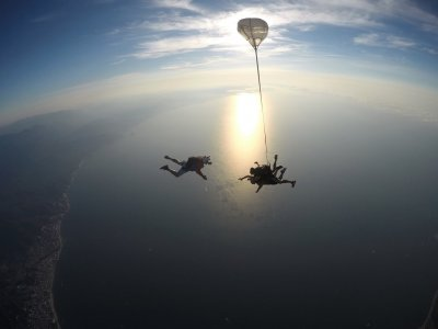Tandem jump with parachute in Vallarta photos