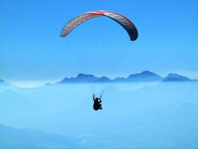 Tandem skydiving in Puebla from León