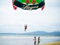 tour parasailing