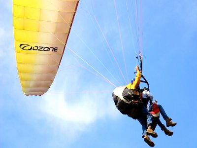 Paragliding Flight in Tapala for Couples