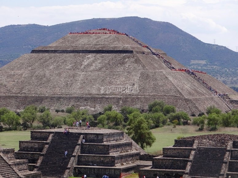 Teotihuacán and its surroundings