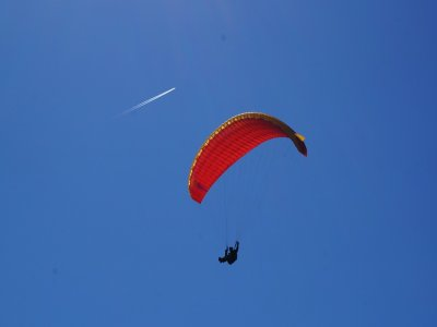 Paragliding flight at Malinalco