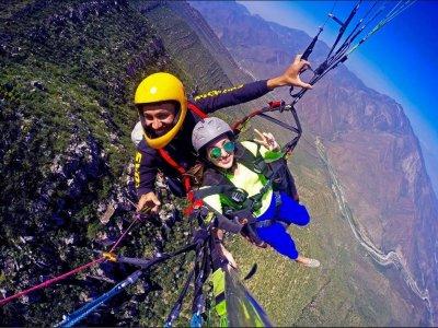 Paragliding tour in Monterrey Santiago Nuevo León
