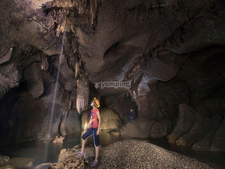 Descubriendo la gruta