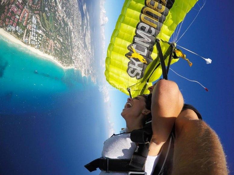 Llenate de adrenalina con nuestros saltos