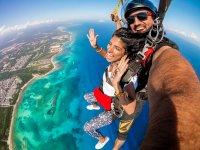 Skydiving in Playa del Carmen with selfie video
